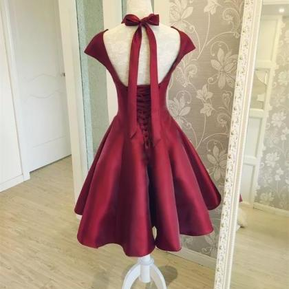 Burgundy Satin Short Prom Dresses w..