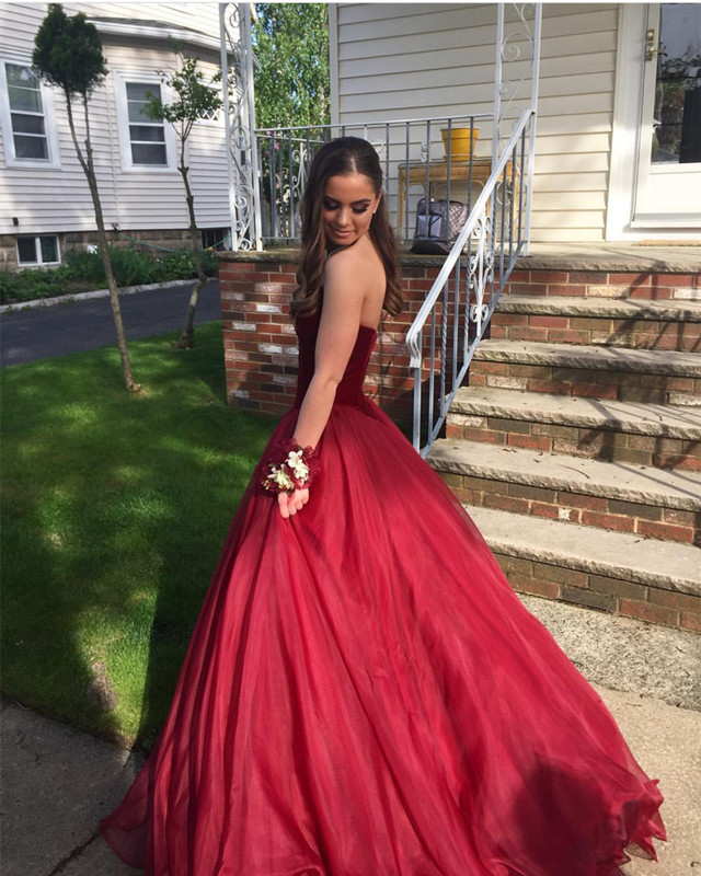 db860d8ac4f9 Burgundy Organza Sweetheart Prom Dress Long Ball Gowns on Luulla