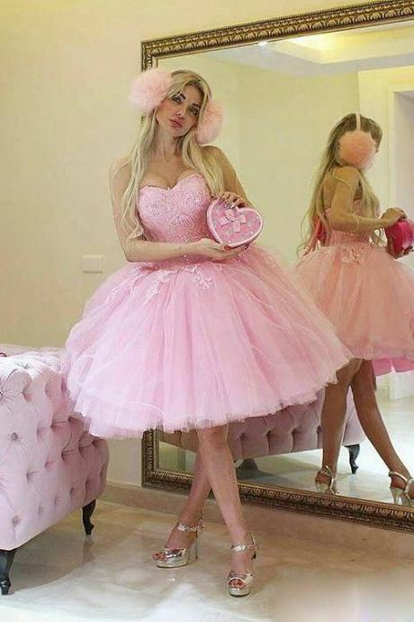 Baby Pink Short Ball Gown Party Dresses Sweetheart Knee Length Prom Dress Bling Lace Appliques Charming Puffy Little Gowns for Formal Occasion