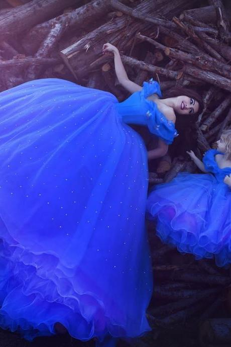 Cinderella Quinceanera Dresses Royal Blue Ball Gown Party Dress for Girls with Butterfly ,Mother and Daughter Dresses ,Mini Me Dresses ,Stunning Crystals Quinceanera Gowns Dresses