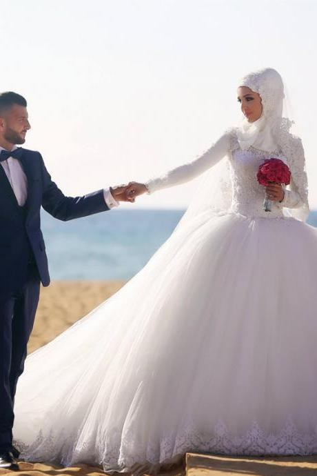 Modern Muslim Long Sleeves Wedding Dresses Stunning Crystals Lace Appliques Ball Gown Bride Dresses Gorgeous Custom Made Puffy Tulle Gorgeous Bridal Wedding Gowns Arabic