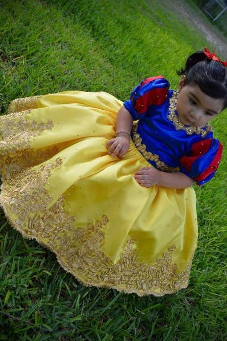 Snow White Dress, Children Pageant Dresses with Bow