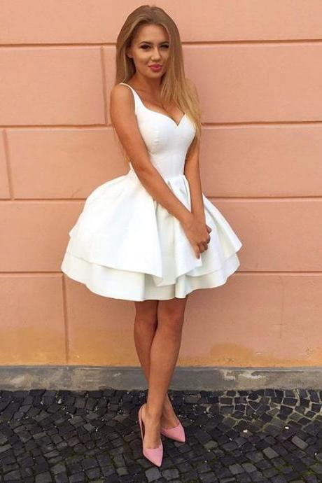 Lace-Up Back White Graduation Dress Short Ball Gown