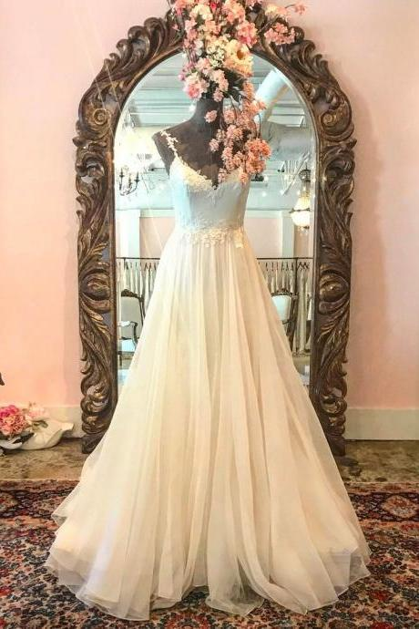 Vintage Appliques V neck Chiffon Wedding Dress A line Beach Bridal Gowns
