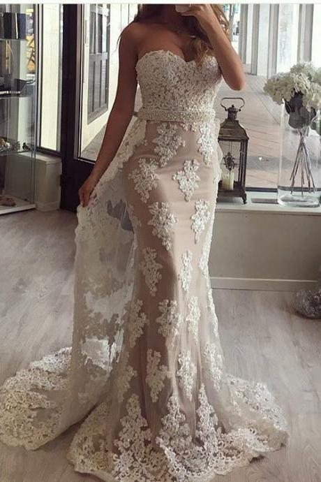 Lace Appliques Sweetheart Mermaid Evening Long Dresses with a Train From Waist