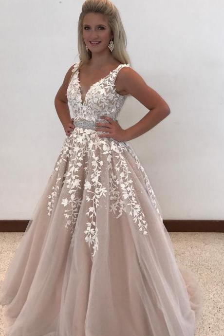 White Lace Appliques Tulle Prom Ball Gowns V neck Evening Dresses