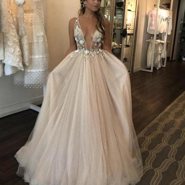 Deep V neck Puffy Tulle Wedding Dress 3D Floral Appliques Sheer Bodice Bridal Gowns